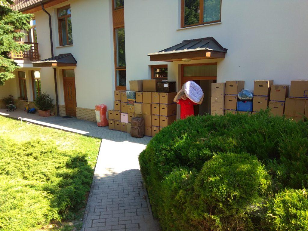 Költöztetés családi házba